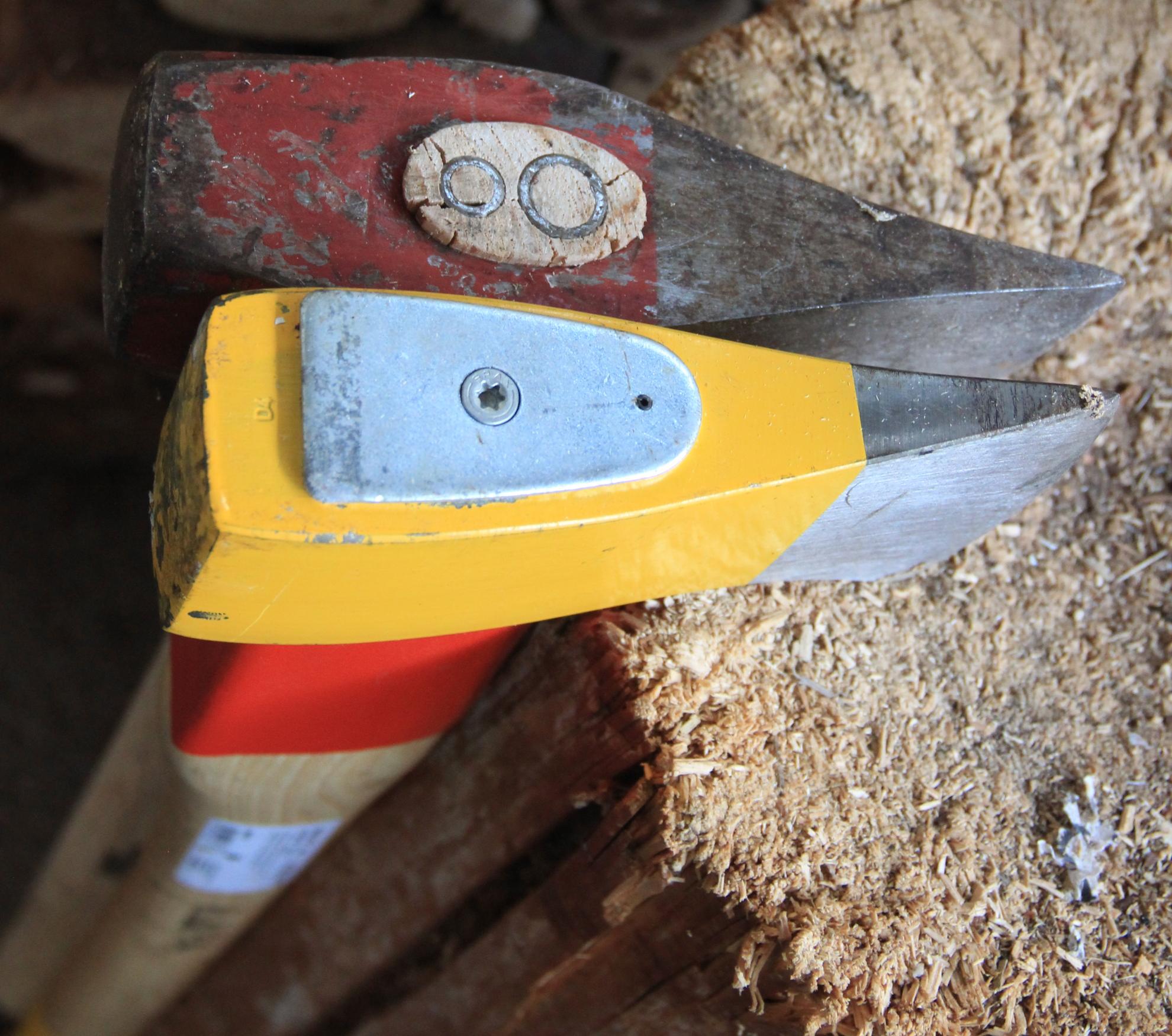 Bevorzugt Spaltaxt oder Spalthammer: Kennen Sie den Unterschied? ES06